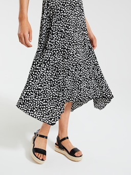 Eve Pleated Midi Skirt